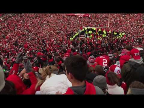 Ohio Stadium sings Sweet Caroline after Ohio State defeats Michigan 2016