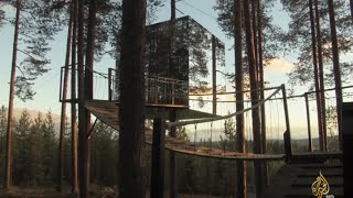 فندق بين السماء والأرض بغابة شمالي السويد