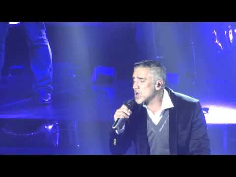 Ver Video de Alejandro Fernandez Alejandro Fernández - Cuando digo tú nombre - Luna Park - Buenos Aires - Argentina - 08/07/2015