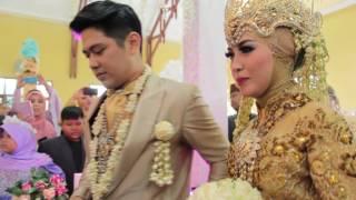 Video Yura Yunita - Berawal Dari Tatap (ArsiDaviWedding) download MP3, 3GP, MP4, WEBM, AVI, FLV Oktober 2017