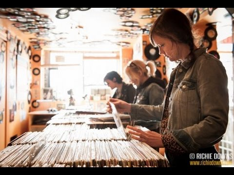 Ex Hex: In-store with The Vinyl District at Washington, DC's Som Records