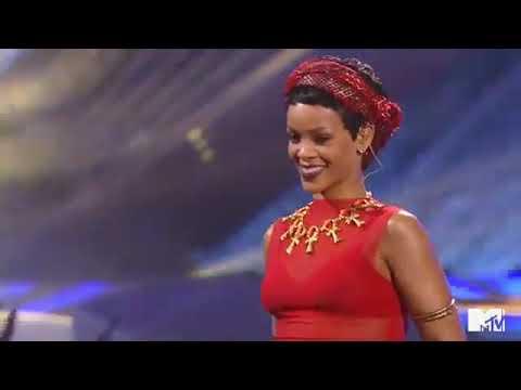 Rihanna Cockiness (Remix) We Found Love Live 2012 MTV VMA (Original)