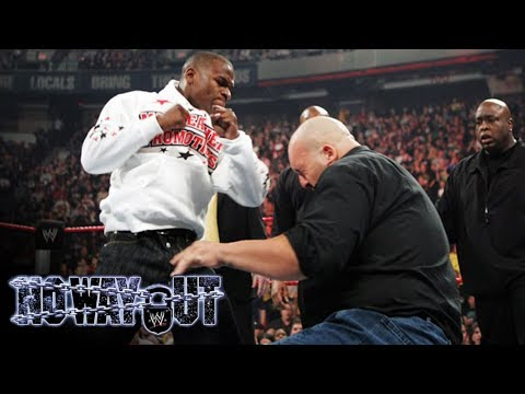 WWE's No Way Out - Floyd Mayweather Attacks The Big Show!