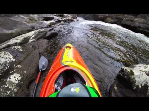 Cuyahoga River Whitewater Kayaking - Sheraton Upper Gorge 440 CFS