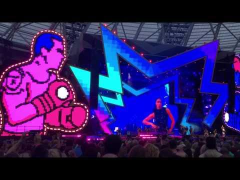 Robbie Williams - Rudebox (The Heavy Entertainment Show Tour - London Olympic Stadium 23/06/17)