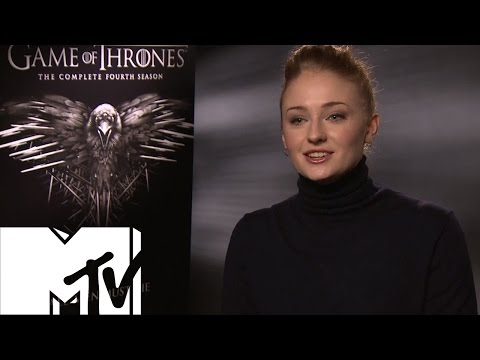 Game Of Thrones Cast Play Snog / Marry / Behead | MTV Movies