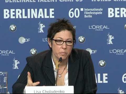 Moore, Bening lesbian moms in Berlin fest film