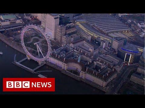 Deserted London landmarks seen from above - BBC News