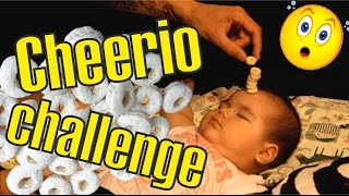 CHEERIO CHALLENGE / Башня из овсяных колечек на ребенке/ Увлекательный челлендж