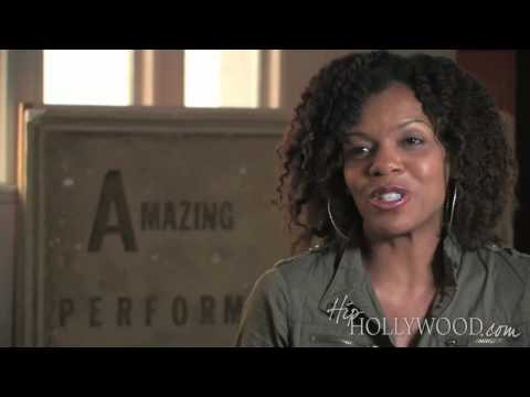 Wendy Raquel Robinson Gives Back - HipHollywood.com