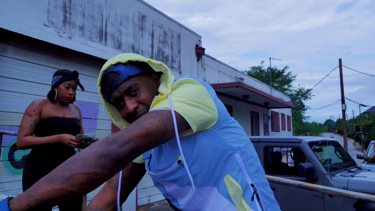 #Cannonboi #YungLA #InMyBag                        Cannonboi x Yung La - In My Bag ( Official Video)