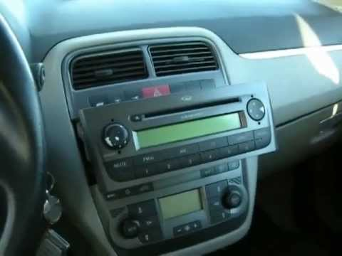 fiat grande punto mp3 aux youtube. Black Bedroom Furniture Sets. Home Design Ideas