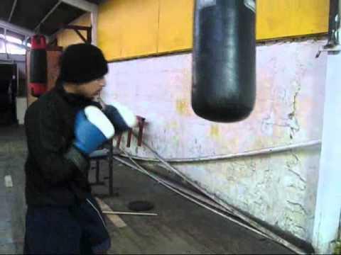 golpes al saco de boxeo