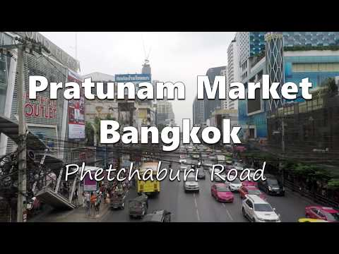 Pratunam market , the crazy place for shopping clothes in Bangkok