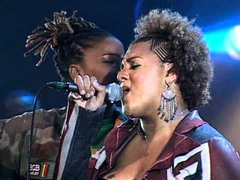 Floetry - Butterflies [Live From New Orleans]
