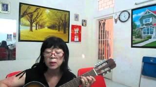 Tà áo xanh   Mộng Lê hát và đàn guitar