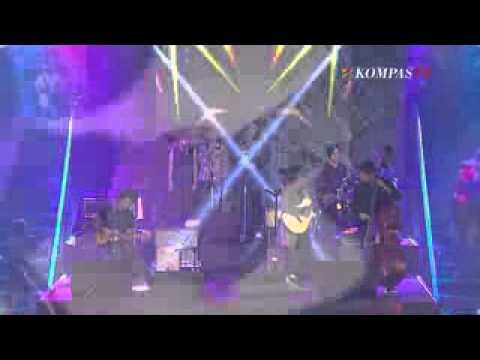 Payung Teduh - Angin Pujaan Hujan(jazzy nite kompas tv)