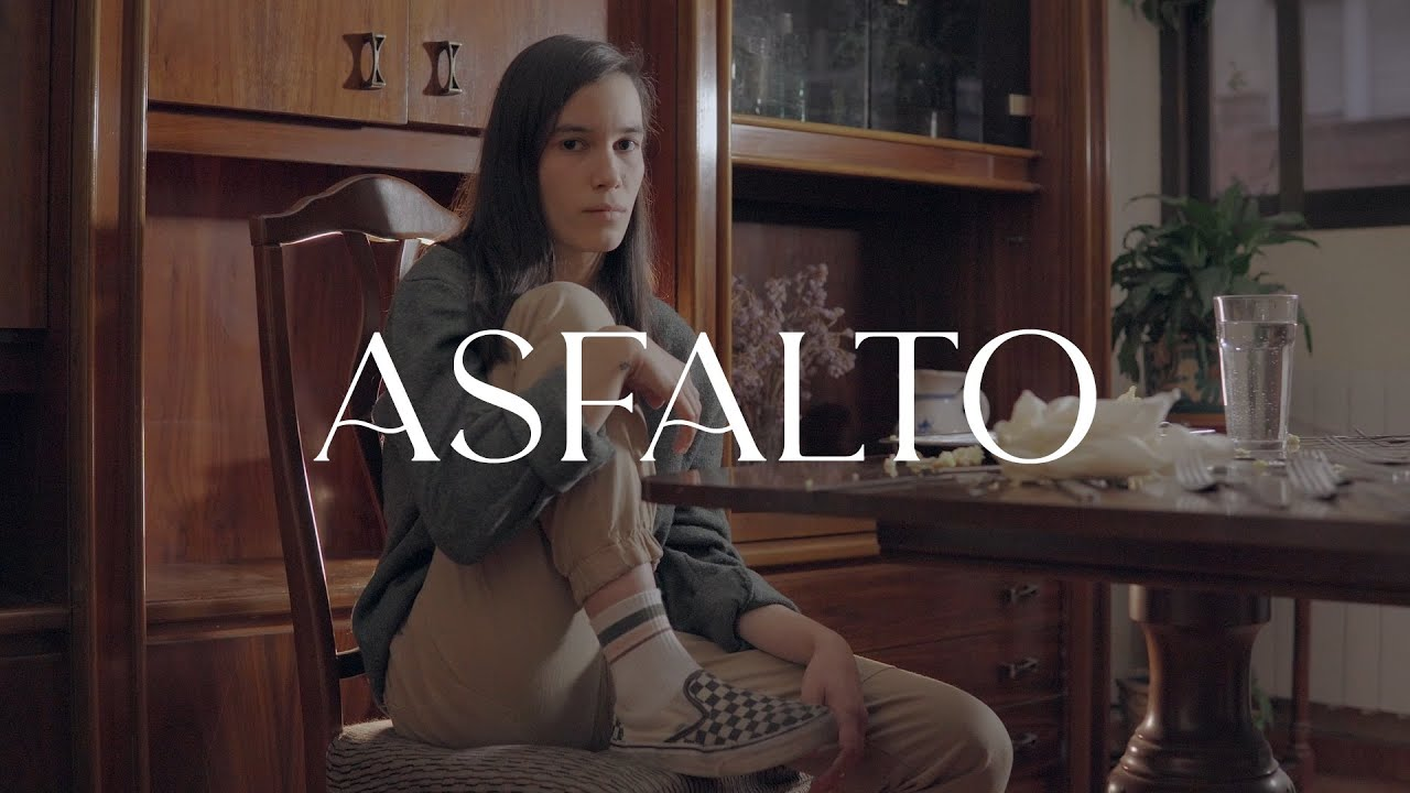 PLEENS - Asfalto (Videoclip)