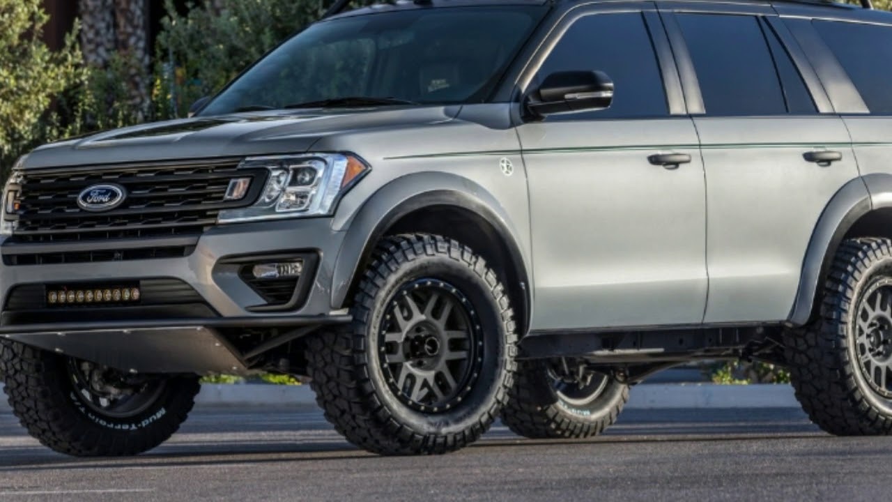 """L.A. Auto Show 2017 - Ford Expedition """"Baja Forged Adventurer"""" Winks At Raptor Loving Families ..."""