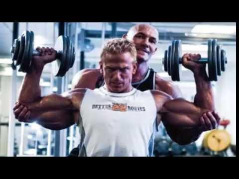 entrenar hombros, fuerza y resistencia.