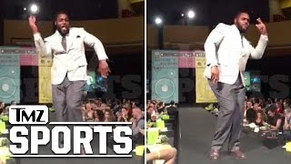Redskins Star Chris Baker -- Rippin' The Runway Again ... For Charity | TMZ Sports