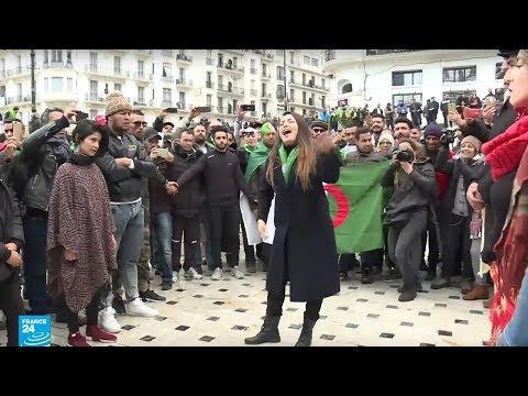 مسرح وغناء ورسم.. الوجه الآخر للحراك الشعبي في الجزائر