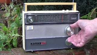 1968 Sony TFM-1000L Super Sensitive 14 transistor 4 Band radio