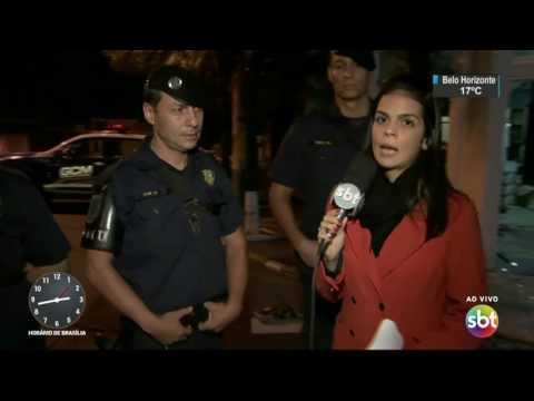 Carro desgovernado invade restaurante no ABC paulista - SBT Notícias (27/04/17)