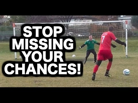 How to beat a goalkeeper in football | How to score more goals 1v1 with the keeper in soccer
