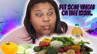CUCUMBERS, YELLOW TOMATOES & APPLE CIDER VINEGAR MUKBANG| eat with me