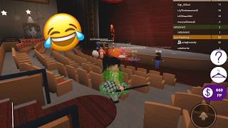 Playing Dance Your Blox Off! | Roblox| ~Old Town Road Choreography~
