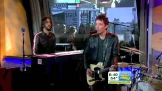 """The Wallflowers - """"Love is a Country"""" (Live on Good Morning America 10/1/12)"""