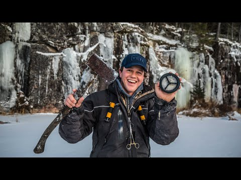 Minimalist Ice Fishing (Ontario First Ice)