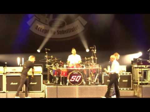 Status Quo - Down Down (Live at Scarborough Open Air Theatre) 09/07/16
