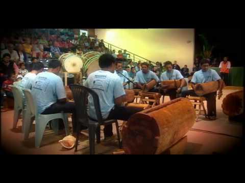 Cook Island drumming ! - I AM TV in RARO
