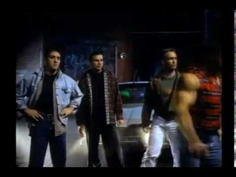 Under the Gun (1995) - Alley Fight 2