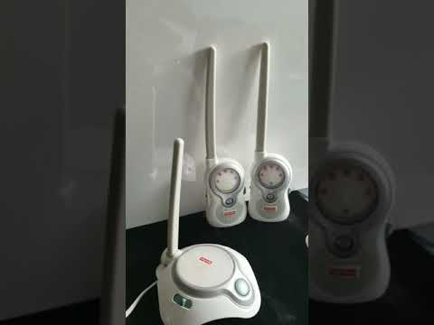 Review FisherPrice Two Channel Baby Monitor J1315