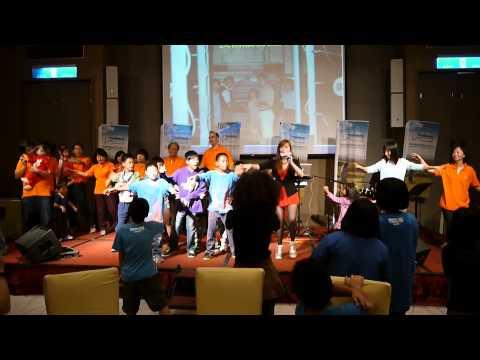 20131012科德寶遠東25周年慶_長興國小同學玩開了!