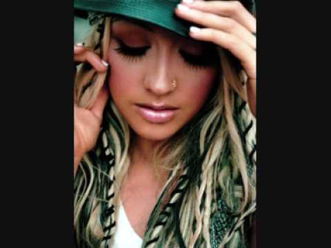 Christina Aguilera   Impossible KaraokeInstrumental