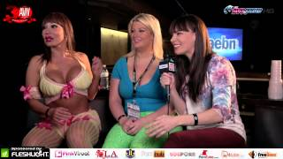Download Video Inside AVN Expo 2013 Hosted by Dana Dearmond & Ava Devine (Day 3 - Part 1) MP3 3GP MP4