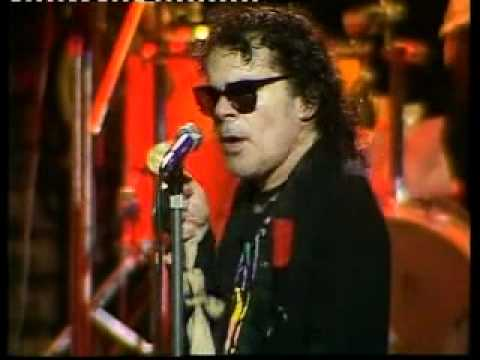 IAN DURY AND THE BLOCKHEADS: HIT ME WITH YOUR RHYTHM STICK live