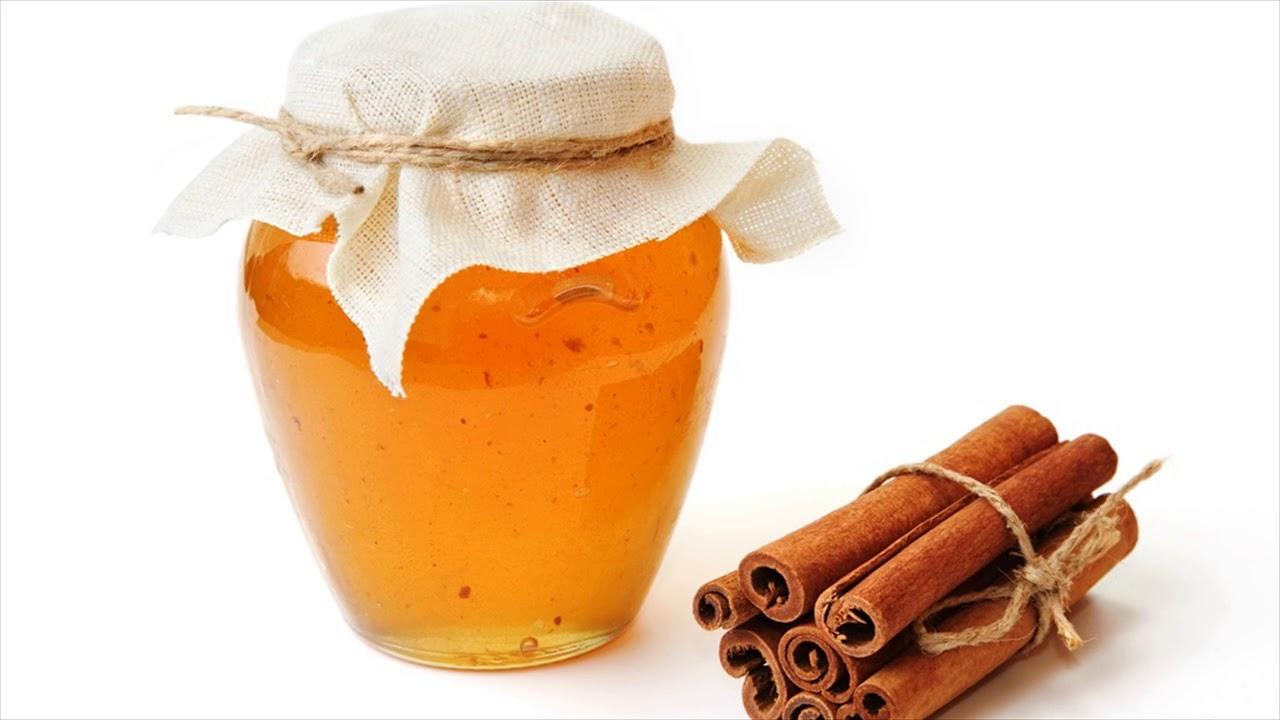 Campuran madu dan kayu manis