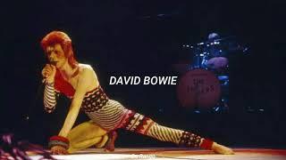 David Bowie - Ziggy Stardust (subtitulada al español)
