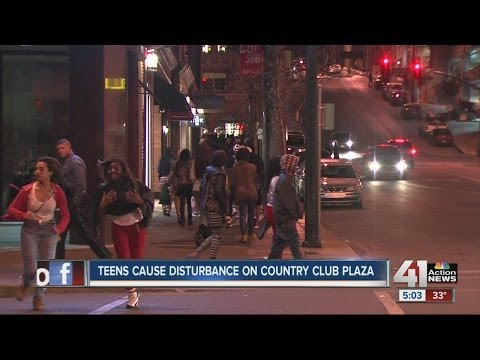 Teens cause disturbance on Country Club Plaza