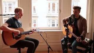 Video Adele - Hello (cover) download MP3, 3GP, MP4, WEBM, AVI, FLV Agustus 2017