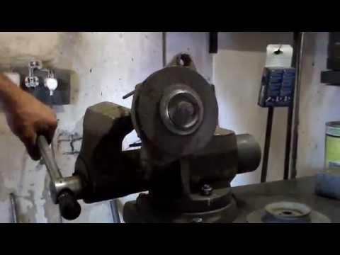 Как снять шкив генератора ваз