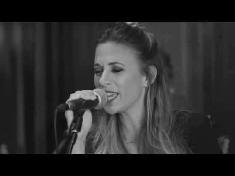 "Jana Kramer - ""Why Ya Wanna (Live at Black River Studio)"""