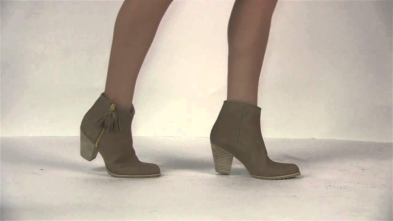 90e83ab290c0 Footcandy Shoes Stuart Weitzman Prancing - YouTube