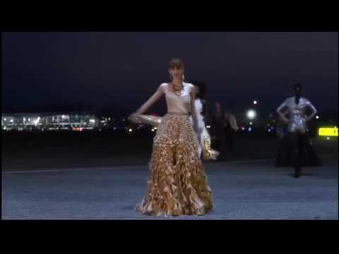 GEICO Insurance TV Commercial 2017 - Runway Models - YouTube
