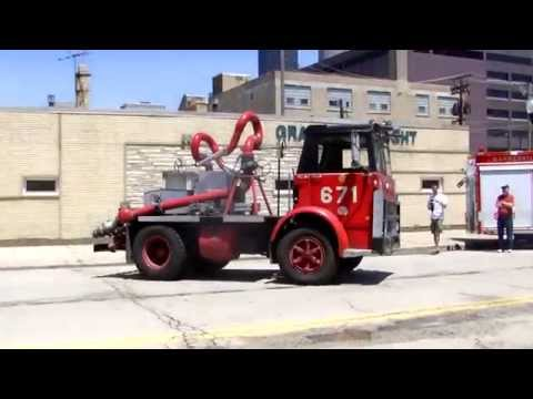 Chicago Fire Department: Mack MB Deluge Unit 671